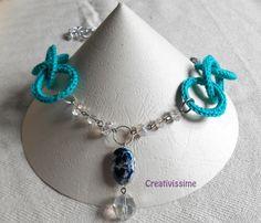 Collana all'uncinetto con cerchi e catena pendenti di CREATIVISSIME su DaWanda.com