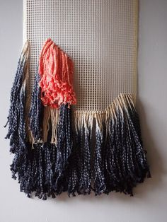 ouch flower: Cathrine Holm, tassels, latch hook, blog friends and knot school!