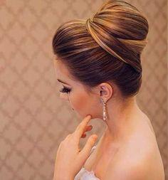 13.Gelin Topuz Saç Modeli