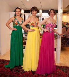 Ballmode in kräftigen Farben Bridesmaid Dresses, Wedding Dresses, One Shoulder, Formal Dresses, Fashion, La Mode, Occasion Dresses, Colors, Nice Asses