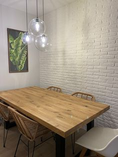 Dining Table, Furniture, Home Decor, Curved Walls, White People, Decoration Home, Room Decor, Dinner Table, Home Furnishings