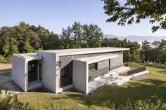 Built by Studio Origin in Yangpyeong-gun, Korea, Democratic Peoples Republic ofs Republic of with surface 116.0. Images by Sun Namgung. It is a private house for single family with 3bedrooms, 2bathrooms, Dining Room, kitchen, and a multi-purpose room wh...