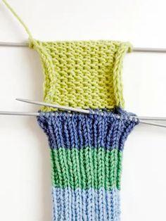 Villasukan kantapää – kolme ohjetta | Yhteishyvä Knitting Stitches, Knitting Socks, Drops Design, Handicraft, Fingerless Gloves, Arm Warmers, Lana, Crochet Top, Upcycle
