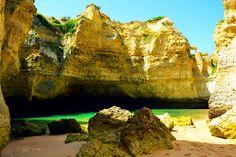 Nuno Moreira  Algarve, Portugal    http://portugalmelhordestino.pt/fotos_concurso/fa3c30494de59b6bc5df86b7779abcab.jpg
