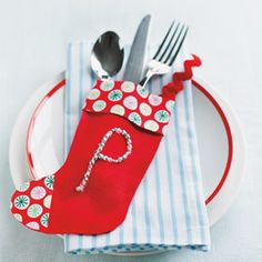 Silverware Stocking - Disney Family Fun    http://familyfun.go.com/christmas/christmas-decorations/christmas-table-toppers/silverware-stocking-800820/