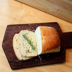 Rosemary Onion Bread - Recipe   from Foy Update: Garden. Cook. Write. Repeat.