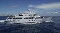 46 metre motor yacht Golden Compass