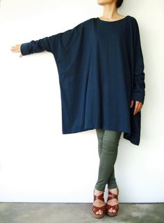 Deep Teal Cotton Jersey Oversized TShirt by JoozieCottonDeep Teal Cotton Jersey Oversized T-Shirt Tunic Sweater, Women's TopSimple and modern, with an air of urban playfulness, this top has boxy, wide cuffed hem sleeves and a scoop neckline; Looks Style, Style Me, Diy Clothes, Clothes For Women, Look Fashion, Womens Fashion, Moda Plus Size, Deep Teal, Looks Vintage