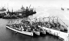 Tour Scotland Photographs: Old Photograph Minesweepers Scapa Flow Scotland