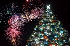 Cayman Fire Works kicking off Holiday season! Cayman Christmas is the Best! Find out more@www.passengerpicks.com