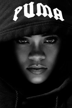 Rihanna ❤️ IG: TheHeartShow         SC: Beauty_Jasmine  Pintrest:HeartBreaker94 ❤️