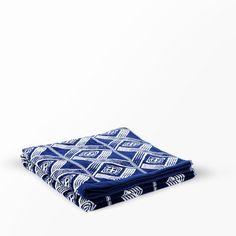 Badhandduk Deco design av Bernadotte Picnic Blanket, Outdoor Blanket, Deco, Design, Decor, Deko, Decorating, Decoration