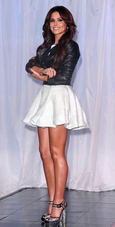 Celeb Legs I Like — Sexy leggy Cheryl Jessie James, Style Kylie Jenner, Kendall Jenner, Cheryl Cole Style, Cheryl Ann Tweedy, Women With Beautiful Legs, Jolie Lingerie, Great Legs, Sexy Skirt