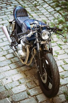 Custom Bikes, Classic Motorcycles, Cafe Racer Dreams and Mean Machines. Bmw Cafe Racer, Honda Scrambler, Motorcycle Companies, Custom Bikes, Austria, Boxer, Design, Graz
