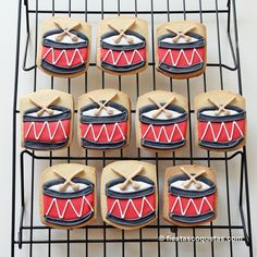 For a rockstar/musical theme: drum cookies