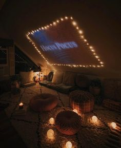 October is fast approaching and it's almost time to find a cozy place to watch some Halloween flicks! What's your favorite Halloween-themed or scary movie? Sleepover Room, Fun Sleepover Ideas, Chill Room, Cozy Room, Halloween Movie Night, Happy Halloween, Hangout Room, Shed Hangout Ideas, Urban Outfitters Home