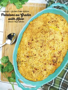 Thinly Sliced Potatoes, Kale, And Dairy-Free Cheese Sauce Come Together Deliciously In This Vegan Kale And Potatoes Au Gratin. Its The Ultimate Comfort Food Side Dish For Your Thanksgiving, Christmas, Or Sunday Dinner Vegan Appetizers, Vegan Dinner Recipes, Dairy Free Recipes, Vegan Recipes Easy, Gluten Free, Vegan Meals, Vegetarian Side Dishes, Vegan Dishes, Food Dishes