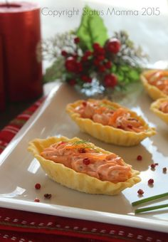 antipasto facile veloce con salmone formaggio cremoso Statusmamma Giallozafferano foto blog tutorial passo passo Finger Food Appetizers, Finger Foods, I Love Food, Good Food, Tapas, Cooking Time, Cooking Recipes, Mousse, Appetizer Buffet