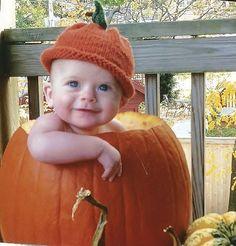 Knit pumpkin hat Orange hat First Halloween Handknit Unique shower gift Photo prop Unisex Fall theme baby hat 0-4 months Unisex Newborn hat by KnitWithPleasure