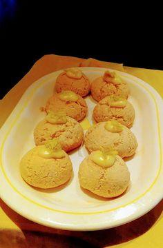 Μπισκοτάκια λεμονιού !! ~ ΜΑΓΕΙΡΙΚΗ ΚΑΙ ΣΥΝΤΑΓΕΣ 2 Muffin, Eggs, Sweets, Cookies, Breakfast, Desserts, Food, Crack Crackers, Morning Coffee