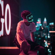 Likes, 73 Comments - Visual Mobs ™️ Jess Conte, Urban Photography, Portrait Photography, Munier, Neon Aesthetic, Image Hd, Cyberpunk, Character Inspiration, Neon Signs