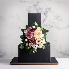 37 Eye-Catching Unique Wedding Cakes - Black modern wedding cake #weddingcake #weddingcakes