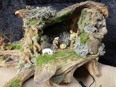 Nativity Stable, Diy Nativity, Christmas Nativity, Nativity Sets, Big Flowers, Paper Flowers, Art Deco Bedroom, Country Garden Weddings, Driftwood Art