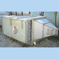Type: DU14RF3AD.  2.25 kW exhaust fan.    460V.    3 phase.  60 Hz.          33 in. x 24 in. explosion vent.  6 in. stainless steel dirty air inlet.    Rated at 150 lbs.      8 in. square hopper...
