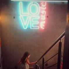 LOVE100%