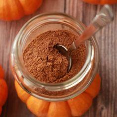 Domowa przyprawa PUMPKIN SPICE - idealna (nie tylko) do deserów z dyni (i dyniowego latte)