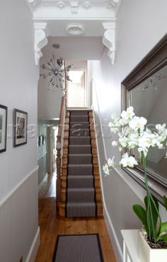 Classic but beautiful – a Victorian terraced house's hallway. Plenty of these f… Classic but beautiful – a Victorian terraced house's hallway. Plenty of these found all across the UK! Design Entrée, Flur Design, House Design, Interior Design, Design Ideas, 1930s House Interior, Interior Colors, Interior Garden, Interior Paint