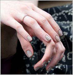 grey / nude mani