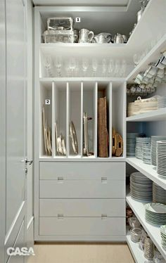 Luxury Kitchens Organization Orgasms: 21 Well-Designed Pantries You'd Love to Have in Your Kitchen - You know you're Type A when the sight of a perfectly organized pantry sends shivers down your spine Pantry Room, Pantry Storage, Kitchen Storage, Pantry Cupboard, Dish Storage, Storage Containers, Pantry Closet, Walk In Pantry, Storage Room