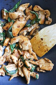 Thai Basil Chicken – easiest Thai chicken stir-fry dish EVER! Smart Points: 3 Calories: 210