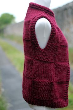 Knitting PATTERN – Bordeux jacket, womens teens sleeveless cardigan, super bulky knitting – – Awesome Knitting Ideas and Newest Knitting Models Free Knitting Patterns For Women, Knit Patterns, Circular Knitting Needles, Hand Knitting, Knit Vest Pattern, Super Bulky Yarn, Sleeveless Cardigan, Knit Crochet, Etsy