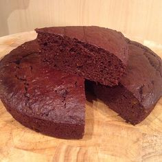 High Protein Chocolate Cake - Use code PIN5MF for £5 off at the checkout!! www.musclefood.com