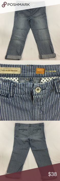 "ANTHROPOLOGIE sz 32 Pilcro & the letterpress jeans ANTHROPOLOGIE Pilcro and the letterpress Size 32 Fit: Hyphen Railroad Pant. Blue and white striped railroad crop pants. 4 pockets. Cotton and spandex blend. Zip fly with button closure. Railroad utility work pant inspired. Measurements laying flat: Waist 18"" Length 24.5 (crotch to end of rolled pant leg) Pant leg opening 7"" Anthropologie Pants Ankle & Cropped"