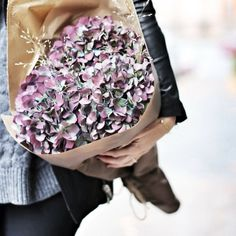 . Sequin Skirt, Sequins, Skirts, Photos, Instagram, Fashion, Moda, Pictures, Skirt