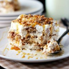 This no-bake Pumpkin Pie Lasagna is a quick and easy fall dessert to share. Layers of pumpkin mousse, whipped cream and graham crackers make this icebox cake the perfect fall dessert. *This post has been 13 Desserts, Apple Desserts, Apple Recipes, Fall Recipes, Sweet Recipes, Dessert Recipes, Layered Desserts, Pie Dessert, Cookbook Recipes