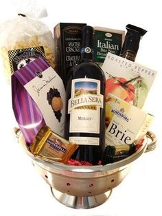 Italian Night Themed Basket is listed (or ranked) 2 on the list The Top Ten Bridal Shower Prize Basket Ideas Baby Bath Gift, Bath Gift Basket, Best Gift Baskets, Brie, Bridesmaid Gift Baskets, Bridal Shower Prizes, Bridal Showers, Serum, Shower Inspiration