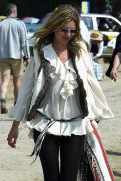 10 Times Kate Moss Killed It at Glastonbury - Elle