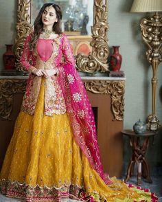 African Print Wedding Dress, Wedding Dresses Men Indian, Simple Wedding Gowns, Wedding Dress Styles, Punjabi Wedding, Casual Wedding, Indian Weddings, Wedding Wear, Farm Wedding