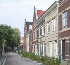 In het project Paktuinen van Scholtens in Enkhuizen heeft elke woning zijn eigen uitstraling gekregen. Volledig passend bij het binnenstedelijk karakter.