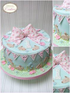 Christening Cakes Bristol   Baby Shower cakes