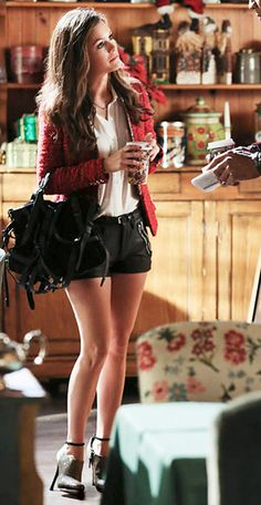 "Zoe's Lakshmi shorts, Kirsten satchel, and Zara Cardigan Hart of Dixie Season 2, Episode 10: ""Blue Christmas"" - Spotted on TV"