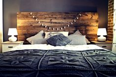 DIY: Headboard build from the 100 years old barn wood.