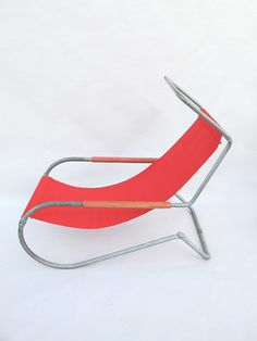 Battista and Gino Giudici - 1946 Funny Furniture, Retro Furniture, Cool Furniture, Furniture Design, Contemporary Chairs, Vintage Chairs, Cool Chairs, Upholstered Chairs, Chair Design