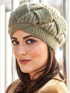 Knitting And Beading Wedding Bridal Accessories and Free pattern: Hat and Beanie Knit Mittens, Knitted Hats, Knitting Designs, Knitting Patterns, Crochet Winter Hats, Knit Crochet, Crochet Hats, Crochet Flower Patterns, Hats For Women