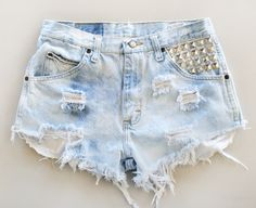 Cute faded high-waisted studded shorts.