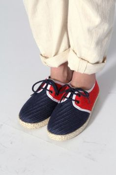I got a pair this color    try this out http://howtomake200.com